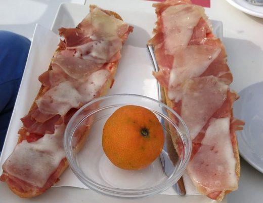 tostada de tomate - petit déjeuner Espagnol