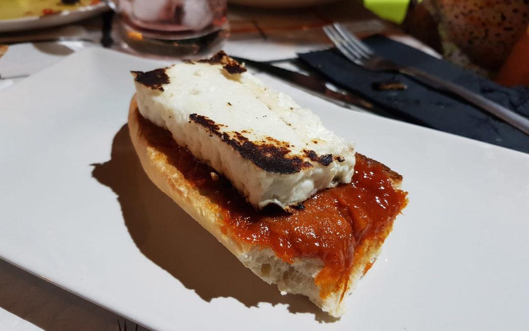 Toast de Soubressade et fromage frais à la plancha